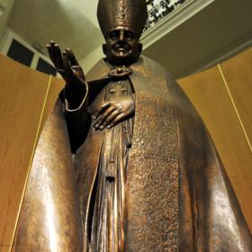 Particolare Giovanni XXIII di Alessandro Verdi.